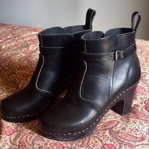 Swedish Hasbeens Jodhpur Sky High Clog Ankle Boot